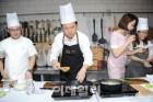 수산물 요리쇼 참여한 김영춘 해수부 장관