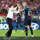 월드컵 결승전 난입 '푸시 라이엇'은 누구?