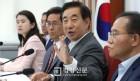 """한국당 중진 5명 """"지방선거 패배 책임, 김성태 사퇴하라"""""""