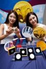 남북의 지도자가 새겨진 '한반도 평화 기념메달' 선보여