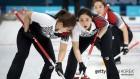 여자 컬링, 7승 1패로 4강 진출...다시 만난 일본