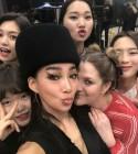 드류 베리모어, 한국과 사랑에 빠졌나? 인증샷 SNS 공개