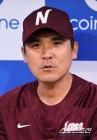 넥센 허리부상 김하성-타박상 김민성 스타팅 제외, 해커 25일입국