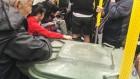 대형 쓰레기통 들고 지하철 탄 남성의 어이없는 '범죄'행각