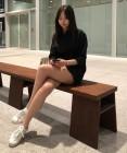 안소희 근황, 다리 꼬고 앉아 늘씬한 각선미 자랑 '여전한 마네킹 몸매 '
