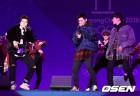 [사진]2PM,'환상의 호흡 자랑하며'