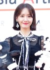 """""""국가대표 걸그룹""""...윤아·에이핑크·마마무의 2017 AAA 시상식 레드카펫 (영상)"""