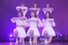 "[POP영상]""콘셉트요정""..오마이걸, 동화같은 무대 'Love O'clock' 최초공개"