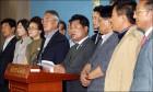 한국당, 인적 청산 칼부림 멈추고 이념 논쟁부터 하라