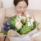레드벨벳 예리, 아이린에게 받은 성년의 날 장미꽃 인증