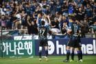 위기의 인천을 구한 해결사는 결국 '월드컵 스타' 문선민이었다