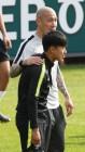 차두리-미냐노, 스웨덴전서 헤드셋 코치 역할