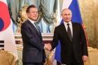 푸틴, 동방경제포럼에 문 대통령 초청…3차 남북정상회담 가능성