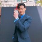 [★SNS] '김비서가 왜 그럴까' 박서준, 훈훈 수트핏부드러운 미소 '훈남의 정석'