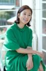 김희애, 우아함 너머의 녹진한 인간애