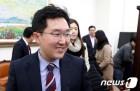"""김용태 """"최저임금위반 명단공개? 영세 사업주 성범죄자 취급"""""""