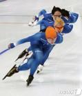 [올림픽] 女 팀추월 화기애애한 마지막 훈련…끊이지 않는 웃음+소통