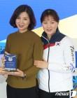 """[올림픽] 박승희 어머니, 은퇴하는 딸에게 """"다른 세상도 경험하길"""""""