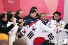 [올림픽 결산⓽] 갑질·특혜·왕따·개고기…메달보다 뜨거웠던 '논란 릴레이'