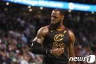 '킹' 르브론, 위대함 그 자체…8년 연속 NBA 파이널