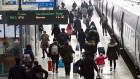 하루 남은 연휴…서울역 귀경행렬 이어져