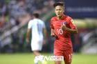 """英 언론 """"한국의 메시 이승우, 징계 후엔 베로나행"""""""