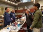 KBO 정운찬 총재, 애리조나 캠프 방문-스피드업 방안 논의