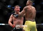 [오늘의 UFC] 미오치치 은가누에게 판정승…헤비급 최초 3차 방어