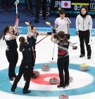 [올림픽] 美 언론, 한국 女 컬링 집중조명…돌풍의 '갈릭걸스'