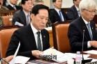 """이정현, 宋국방 향해 """"안보 위기, 60만 국군 아끼는 마음"""""""