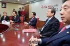 한국당 내홍 점증… 홍준표 리더십의 미래는