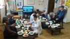 따사모 봉사회, 경로당 어르신 건강 기원 식사 대접