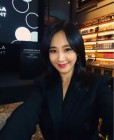 소녀시대 유리 섹시한 레드립, 못본새 더 성숙해진 미모