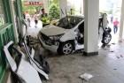 죽전휴게소 주차장서 추돌사고… 4명 부상