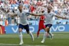 스톤스 선제골·케인 PK 성공 '2-0 리드'… 잉글랜드 16강 성큼