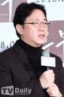 """'흥부' 조근현 감독, 성희롱 논란…제작사 측 """"확인 후 홍보 배제"""""""