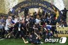 프랑스, 투지의 크로아티아 제압하고 20년 만의 '월드컵 우승'