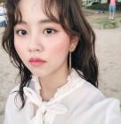 김소현, 해변에서도 변함없는 인형 미모