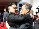 문재인 대통령, 김정은 위원장과 판문점서 두 번째 남북정상회담