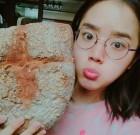 """'신과함께2' 김향기, 직접 만든 건강빵 인증 """"바위생성"""" 웃음"""
