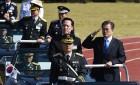 북한 전역 타격 '현무-2C' 실물 첫 공개… 전략무기 시위로 대북경고