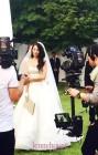 한고은, 남편이 반한 웨딩드레스 자태...야외결혼식 사진 '순백의 여신 미모'
