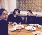 """김민정, 절친 김혜수X송윤아와 먹방데이트사진 눈길...""""난 언니들의 귀염둥이 막내"""""""