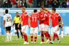 개최국 러시아, 이집트에 3-1 완승…2연승으로 16강 '파란불'(종합)