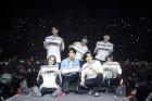 """갓세븐, 북미·남미에 부는 'GOT7 열풍'…""""떼창, 소름 끼치고 감동"""""""