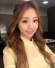[근황] 류현진 연인 배지현 아나운서, 자체발광하는 아름다운 미모…'시선 집중'