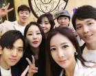 [근황] 류상욱♥김혜진-미나♥류필립, 결혼식장에서 재회…'대세는 연상연하'