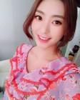 [근황] 씨스타 보라, V앱 후크채널 직접 홍보 나서…눈부신 미소 발산