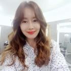 [근황] 김지수, 최근 일상 보니?…'나이 잊은 동안 외모 돋보여'