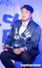 [현장] YG의 새로운 시도, 그 첫 사업이 스탠드업 코미디 'B의 농담'…유병재와 넷플릭스 콜라보
